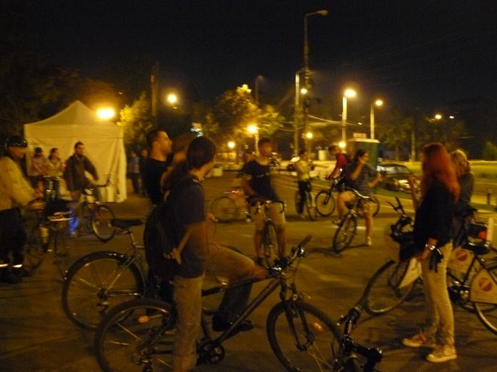 Regruparea biciclistilor la Herastrau