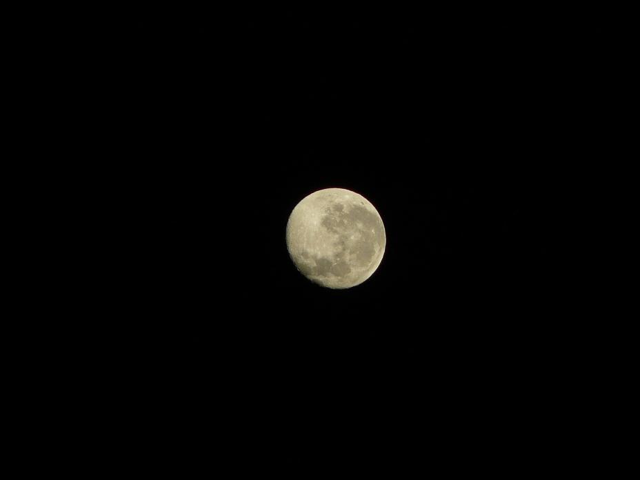 O luna superba