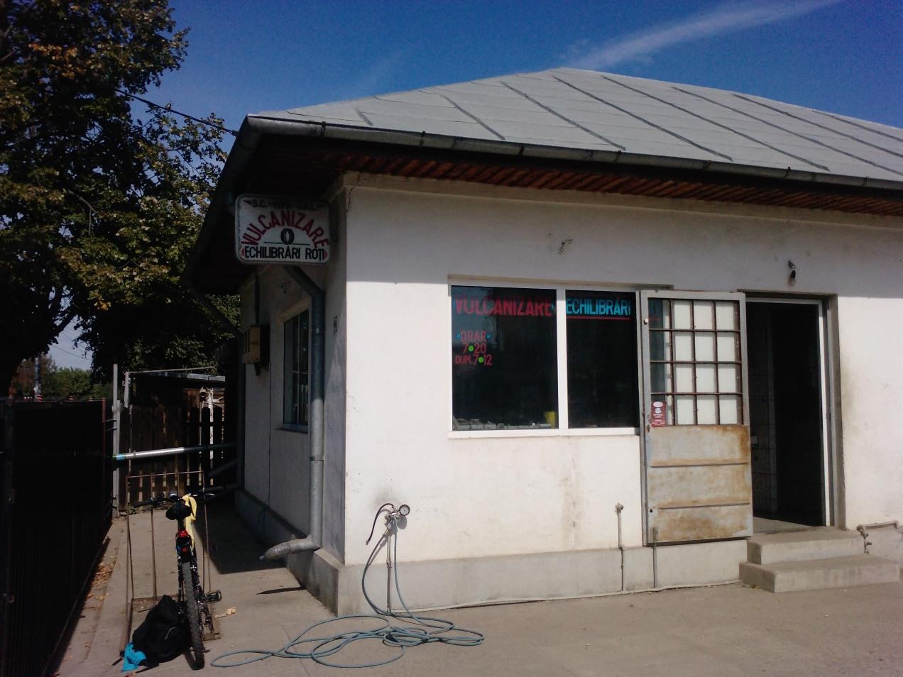160 Km singur pe bicla - pit-stop la vulcanizare, Oltenita