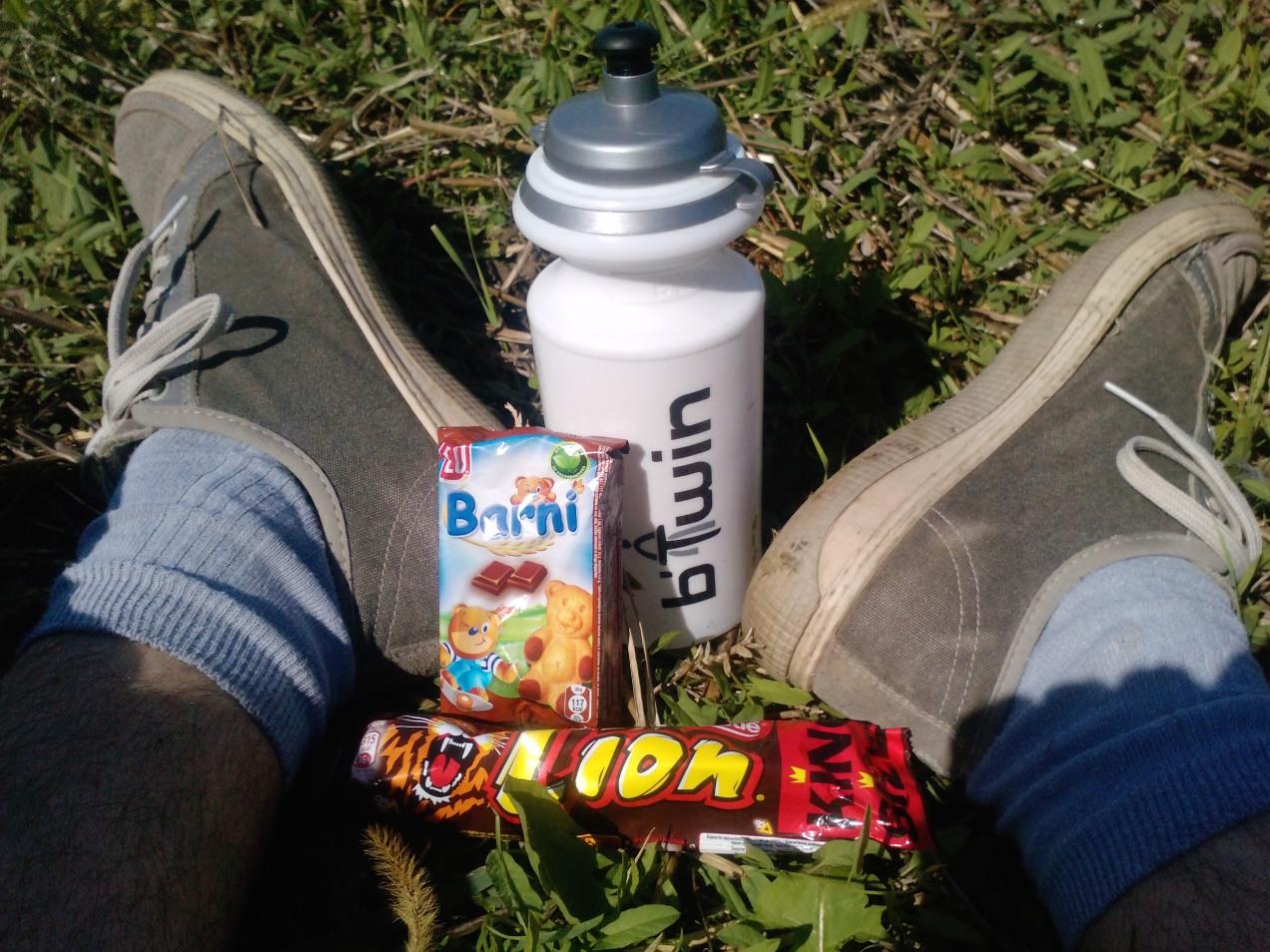 160 Km singur pe bicla - pauza de masa la Budesti