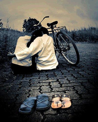 Foto indragostiti, biciclete si inserat