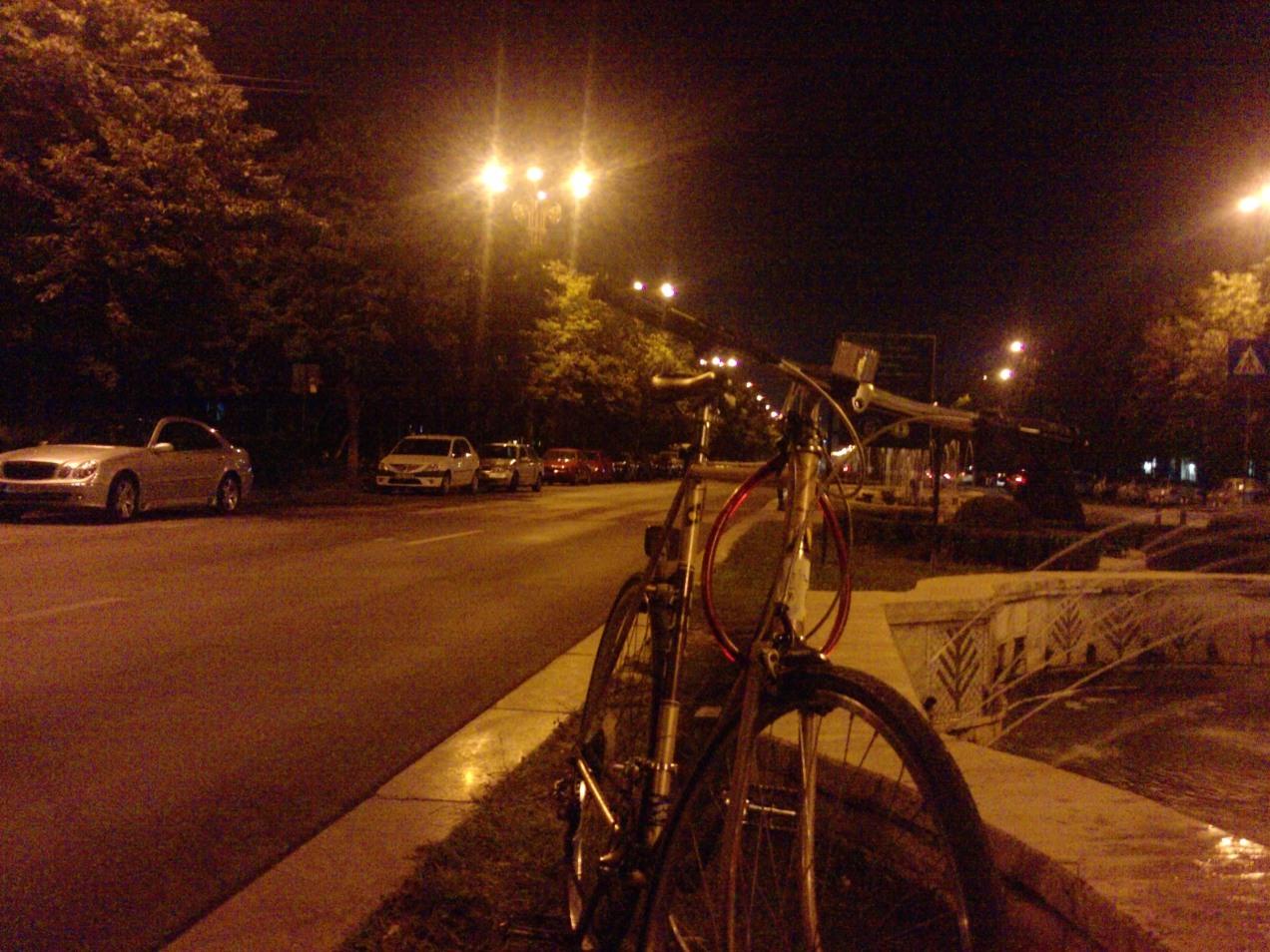 Foto pauza inainte de Bikewalk, la fantani