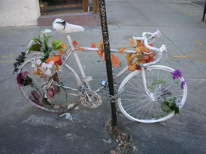Foto ghost bike