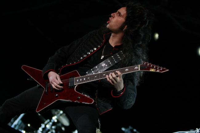 Foto Gus G - Chitarist Ozzy Osbourne concert Bucuresti Romania Zone Arena