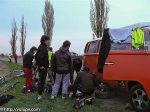 Fotografie probleme cu Scooby Doo - tura catre Vama Veche pe biciclete